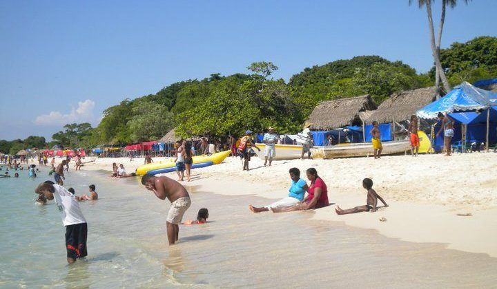 Playa Blanca, a jóia do Caribe colombiano - Portal Backpacker